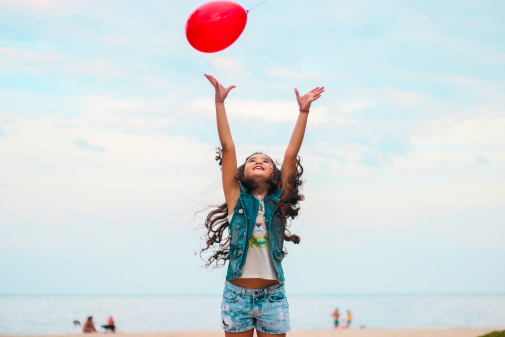 Ideas para bailar con niños en pleno verano | Carmina Kids