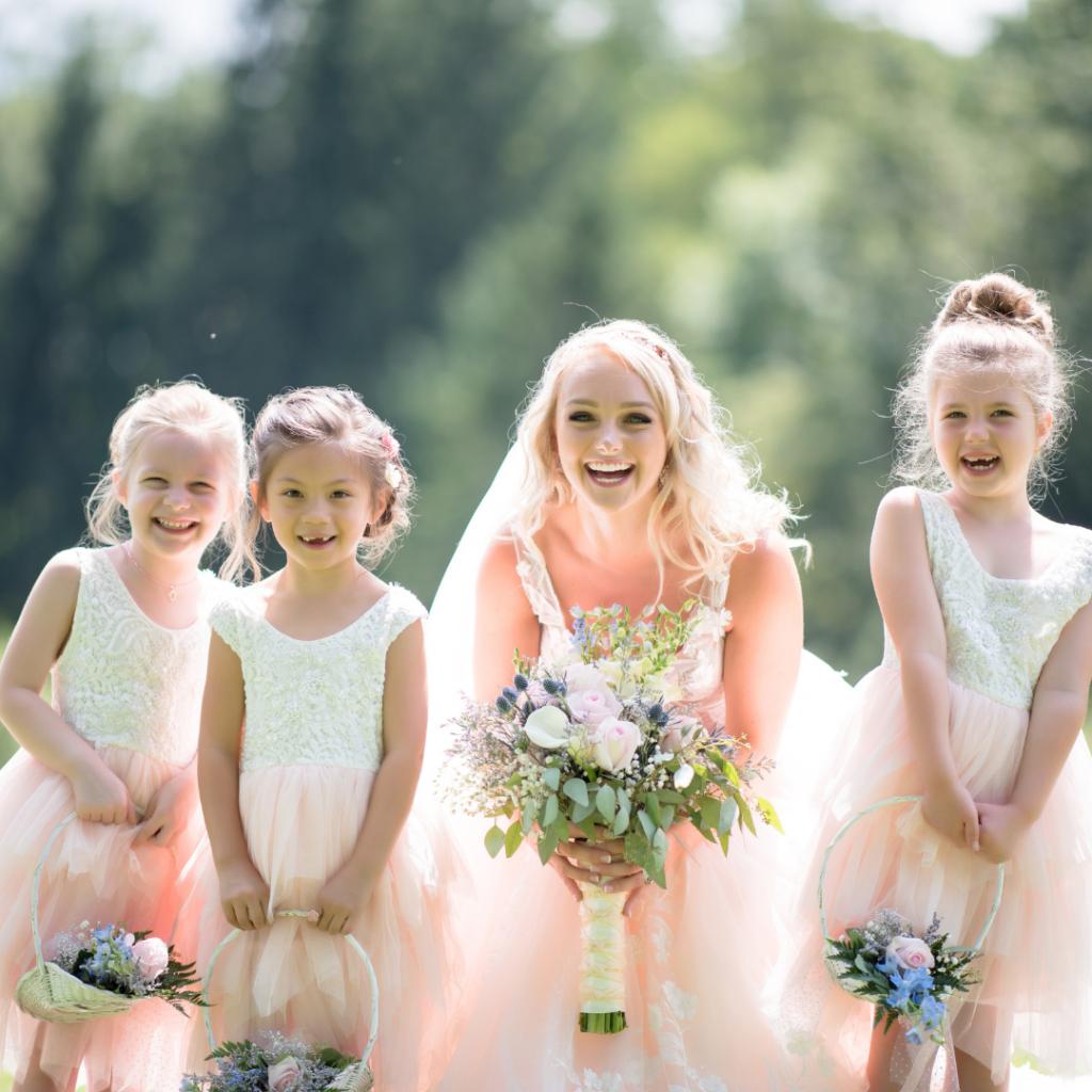 Monitores y canguros para niños | Carmina Kids